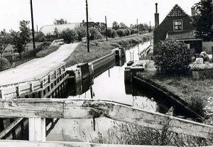 Sluis aan de Heldam in de 19e eeuw